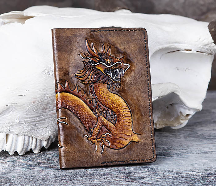 Boroda Design, Кожаная обложка на паспорт с китайским драконом