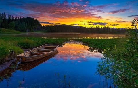 Картина раскраска по номерам 40x50 Лодка в мелком озере