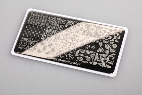 Пластина Swanky Stamping №17