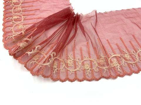Вышивка на сетке эластичная кармин/лосось (правая) 20 см, Италия
