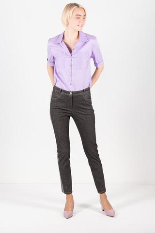 Фото серые брюки с лампасами зауженного силуэта, с удобной посадкой - Брюки А489-350 (1)