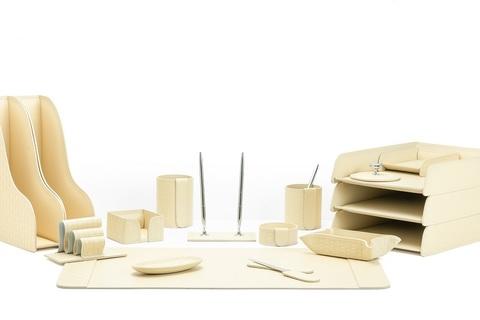 Канцелярский набор из кожи Treccia/слоновая кость 17 предметов