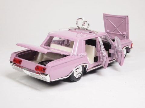 ZIL-117 Wedding day pink Agat Mossar Tantal 1:43