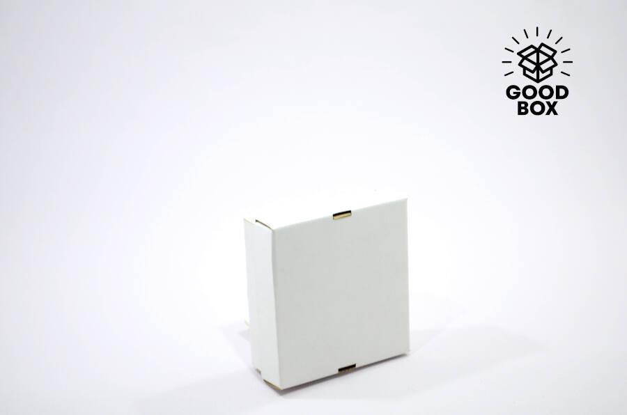 Коробка 150*150*50 белая + белое дно