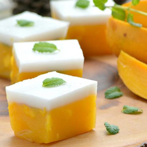https://static-ru.insales.ru/images/products/1/7208/120675368/coconut_mango_dessert.jpg