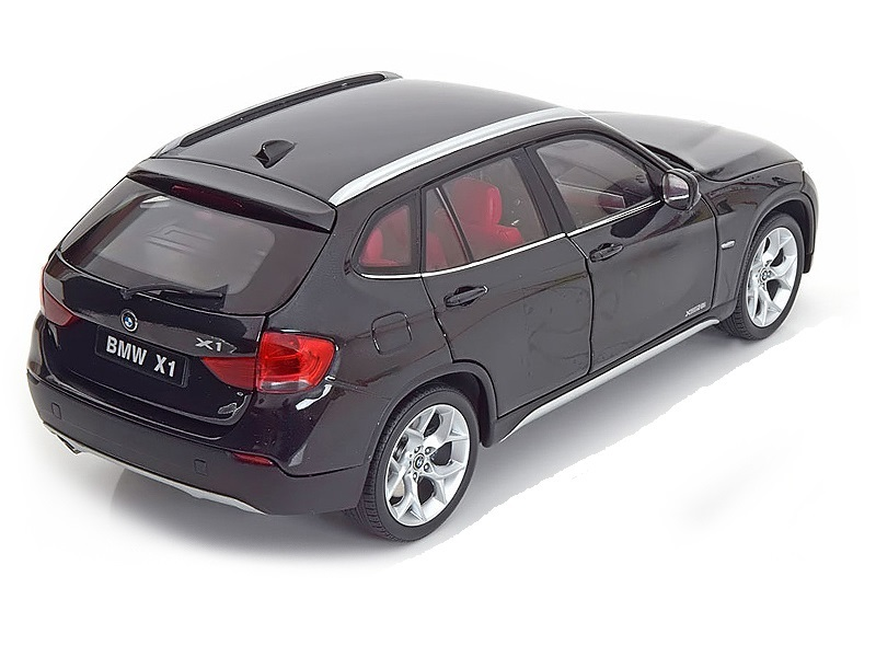 Коллекционная модель BMW X1 2009