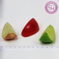 Долька яблока 6 см, пластиковые, 1 шт.