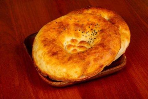 Узбекская лепешка в тандыре