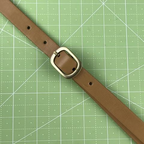 Ремень для сумки. Цвет бежевый. Ширина 17 мм. Длина регулируется.   Минимальная 120 см.