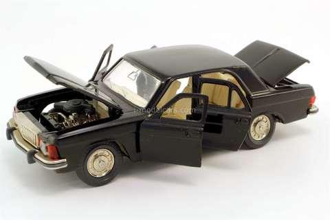GAZ-3102 Volga black Agat Tantal Made in USSR 1:43