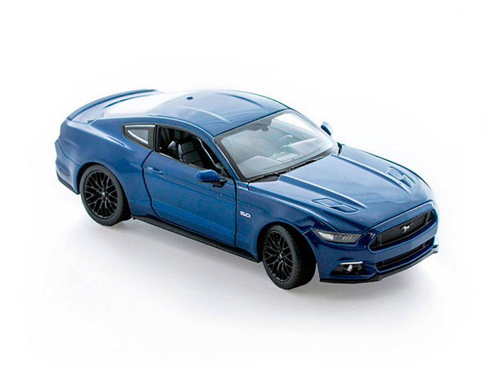 Машинка-игрушка Ford Mustang GT