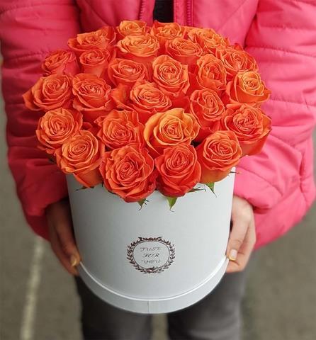 Коробка с оранжевой розой