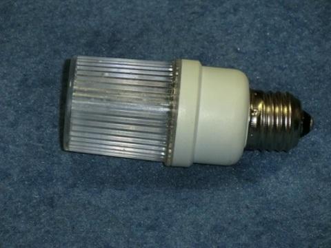 Строб лампа ксеноновая белая Е27