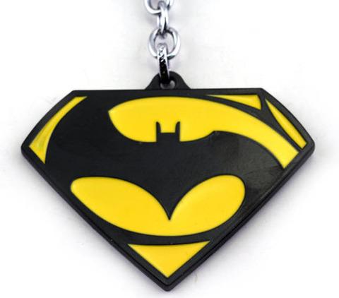 брелок Бэтмен против Супермена/Batman vs Superman