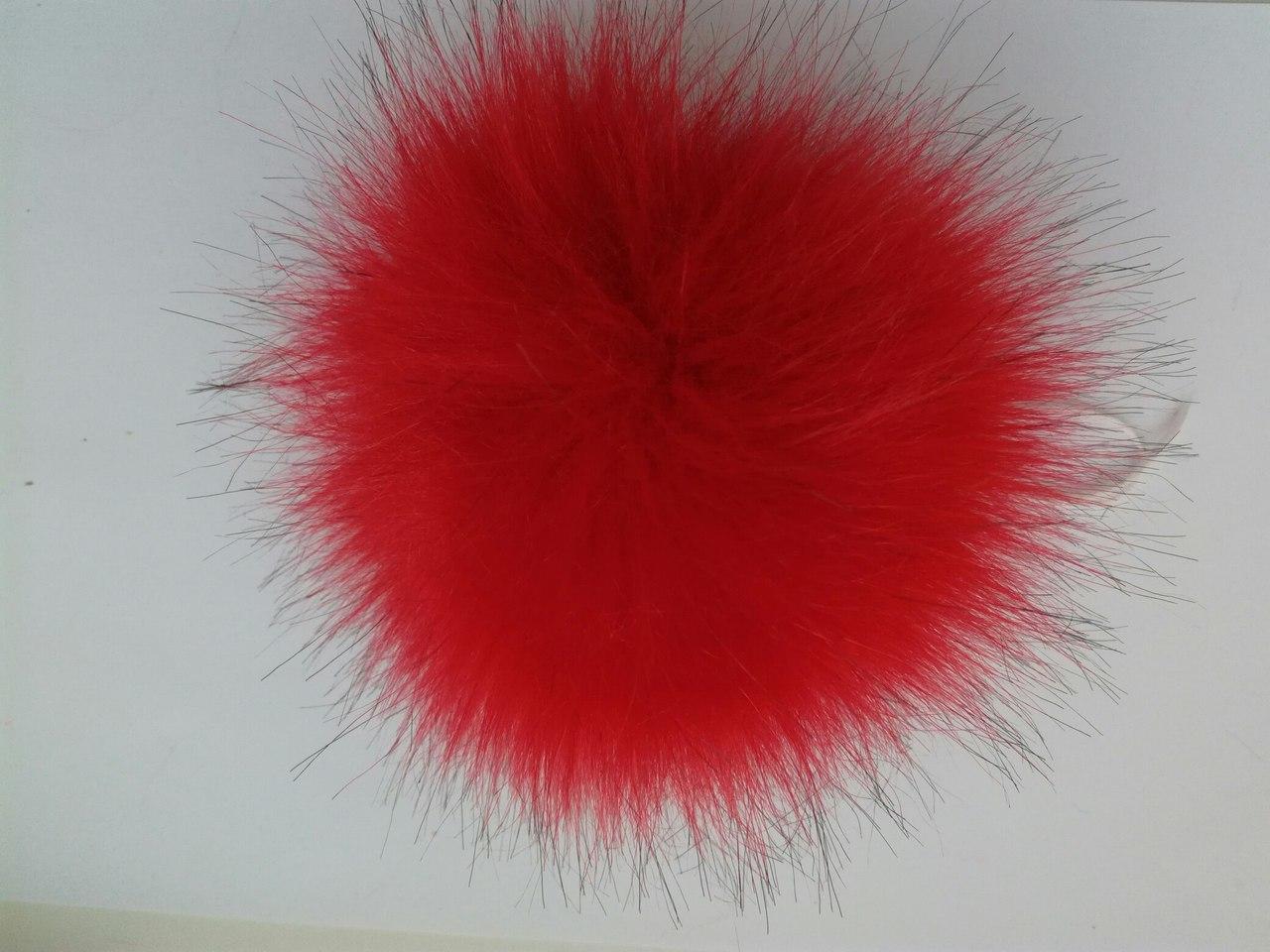 Помпон искусственный красный