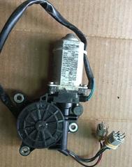 Электродвигатель стеклоподъемника левый/правый MAN TGA/TGS/TGX 81286016130
