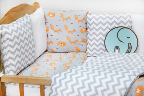 Бортики-защита в кроватку из сатина от комплекта Верона Лисички