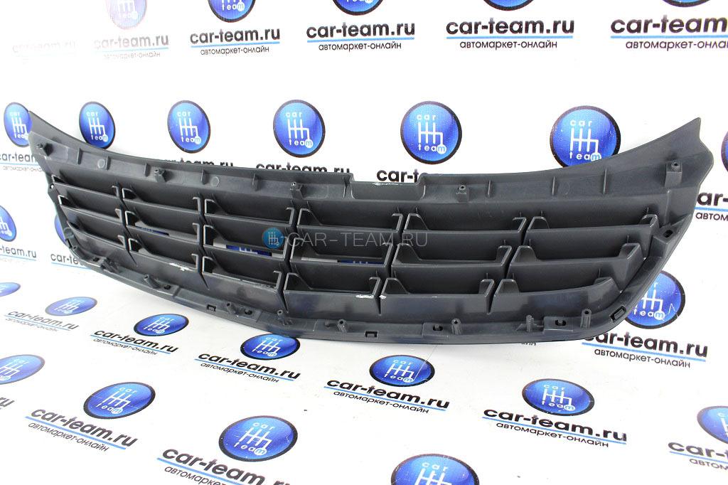 Решетка радиатора на Лада Приора 2 без ладьи, 4 лопасти, в цвет авто
