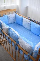 Защита со съемными наволочками в кроватку от комплекта Bravo 12 шт 3-03-1 Бело-голубой звёзды