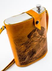 Фляга «Охота», натуральная кожа с художественным выжиганием, 2 л, фото 2