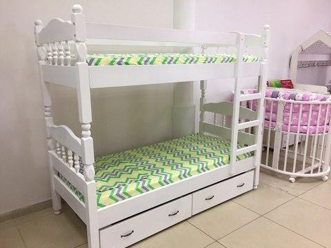 Двухъярусная кровать из массива сосны