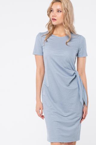 Фото полуприлегающее голубое платье с округлым вырезом и коротким рукавом - Платье З447-480 (1)