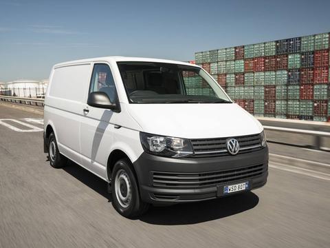 Чехлы на Volkswagen T6 фургон Multivan / Caravelle / Transporter 2015–2020 г.в.
