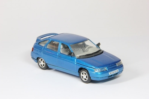 VAZ-2112 Lada with spoiler blue metallic Agat Mossar Tantal 1:43