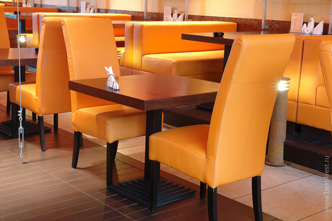 Мебель для кафе Суши-Сан в торговом центре Щука