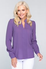<p>Изящная блузка классического стиля с длинным рукавом. Гармонично сочетается с множеством фасонов брюк и юбок..Длина изделия:44-62 см. 46-63 см. 48-64 см. 50-65 см. Длина рукава : 44р.-52р 60 см.</p>