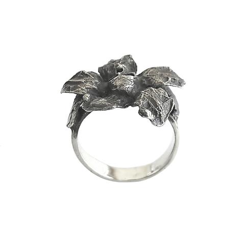 Кольцо-цветок