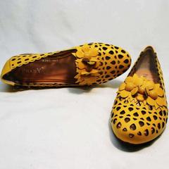 Перфорированные туфли слиперы женские Phany 103-28 Yellow.