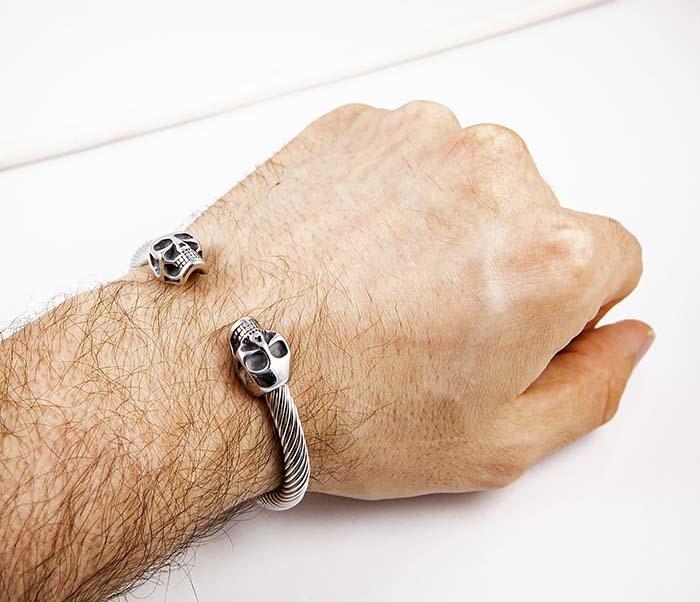 BM592-1 Стальной браслет наручник с черепами фото 07