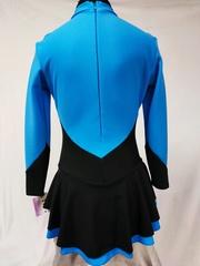 Платье из термоткани с углом