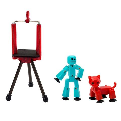 Стикбот студия c синим стикботом и красным питомцем