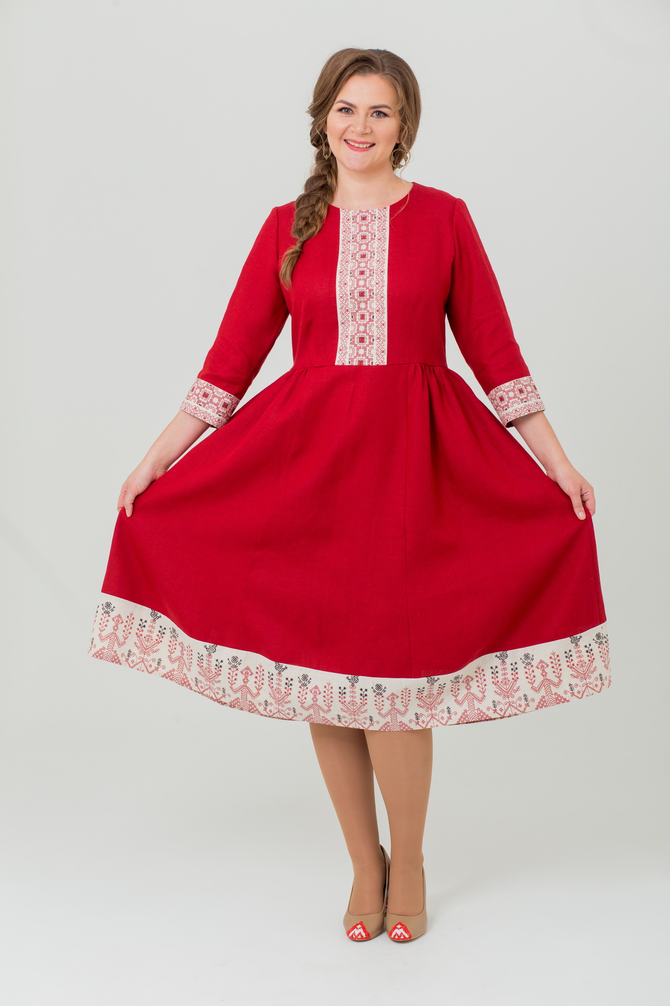 Льняное платье миди Вишнёвый сад с русским орнаментом