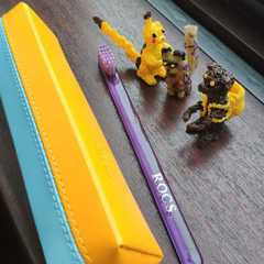 Зубная щетка - конструктор «Новый герой» с покемонами