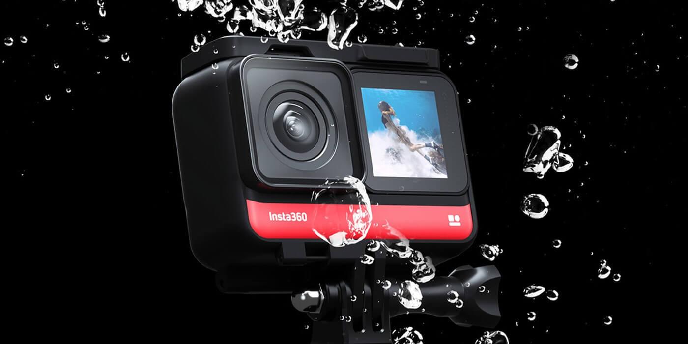 Экшн-камера Insta360 ONE R 4K в воде