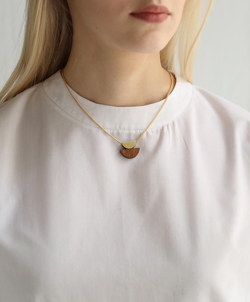 Подвеска Double Crescent Necklace Wood