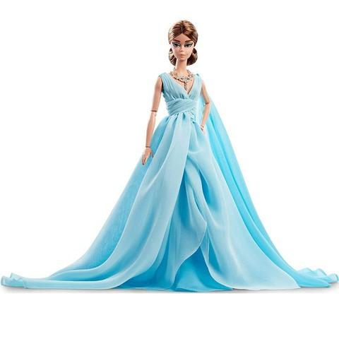 Барби Силкстоун в синем шифоновом бальном платье