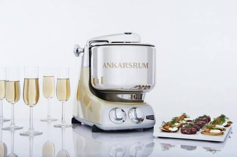 Настольный тестомес и миксер Ankarsrum , дежа 7 и и чаша 3,5 литра, цвет брызги шампанского фото
