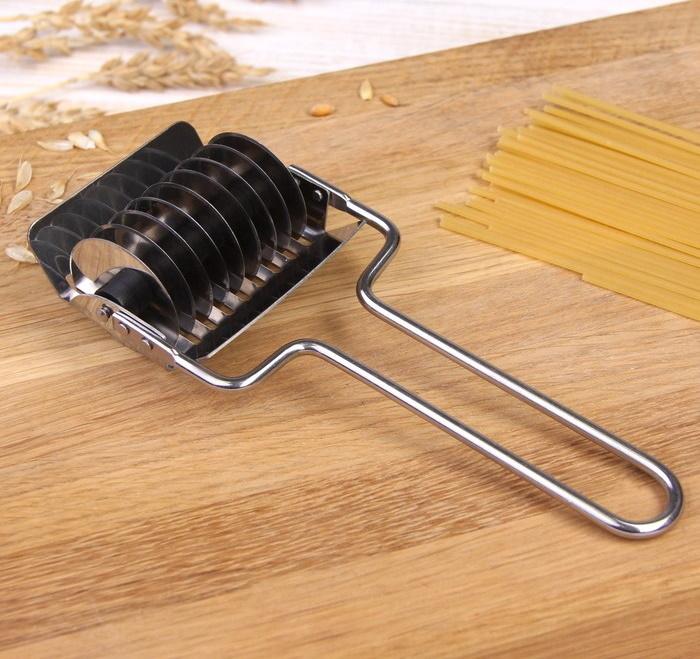 Нож для нарезания домашней лапши 15,5 см