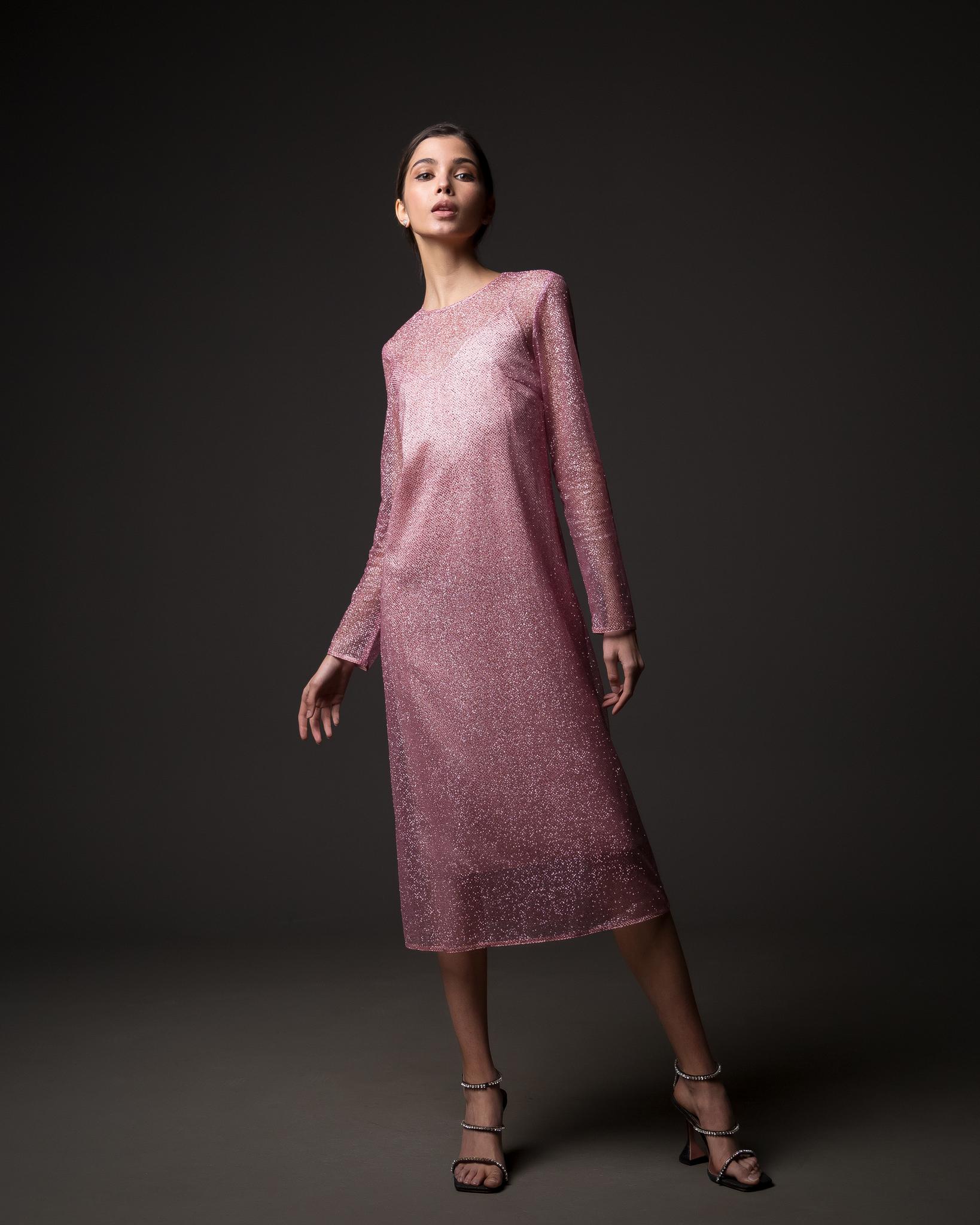 Платье из сетки цвета фуксия