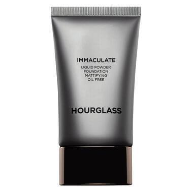 Жидкая тональная основа с матирующим эффектом Immaculate Liquid Powder Foundation Mattifying Oil Free