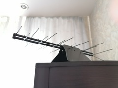 КОМНАТНАЯ ЦИФРОВАЯ НАПРАВЛЕННАЯ ТЕЛЕВИЗИОННАЯ АНТЕННА Триада-3109/antenna.ru, пассивная