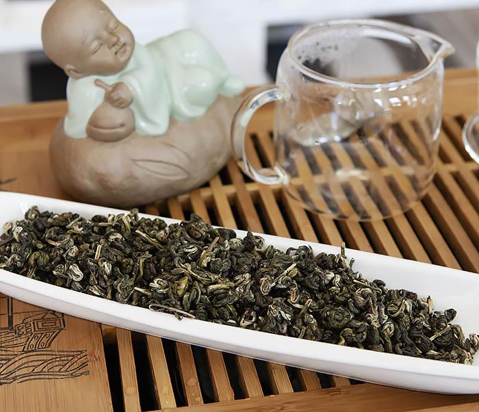 TEA-CH101 Зеленый чай «Изумрудные Спирали Весны» (Билочунь, Юньнань, 50 гр) фото 04