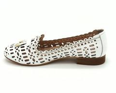 Летние туфли с перфорацией