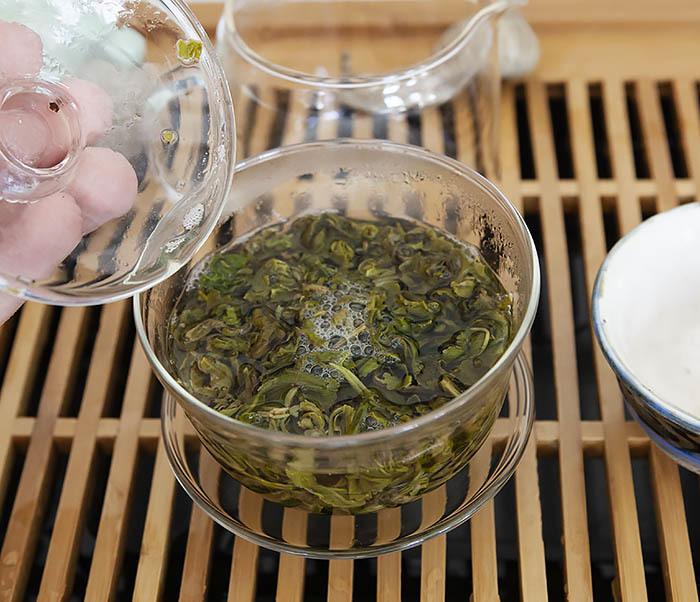 TEA-CH101 Зеленый чай «Изумрудные Спирали Весны» (Билочунь, Юньнань, 50 гр) фото 09