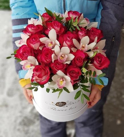 Коробка розы с орхидеей 7