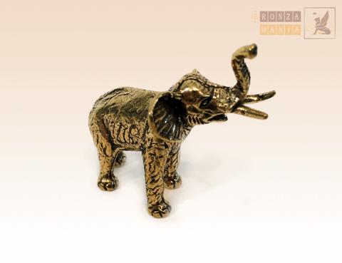 фигурка Слон с бивнями африканский